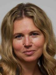 Simone Barker